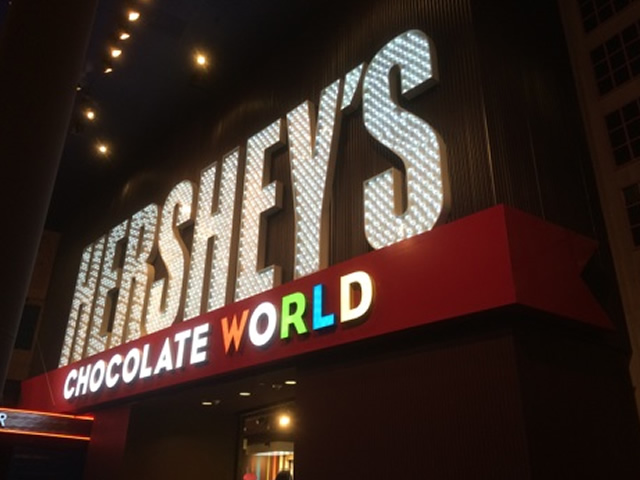 hersheys-sign